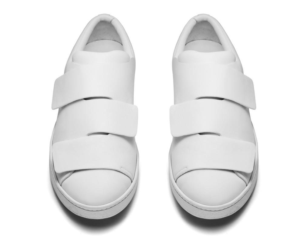 Tennis Shoes Velcro Closure