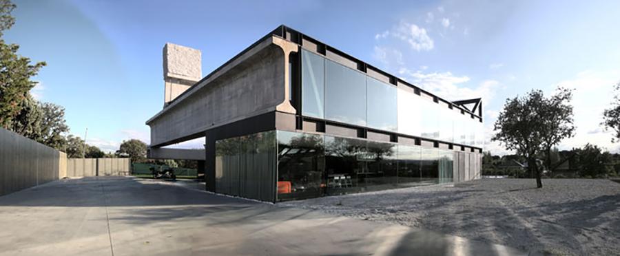 Hemeroscopium House by Antón García- Abril & Ensamble Studio