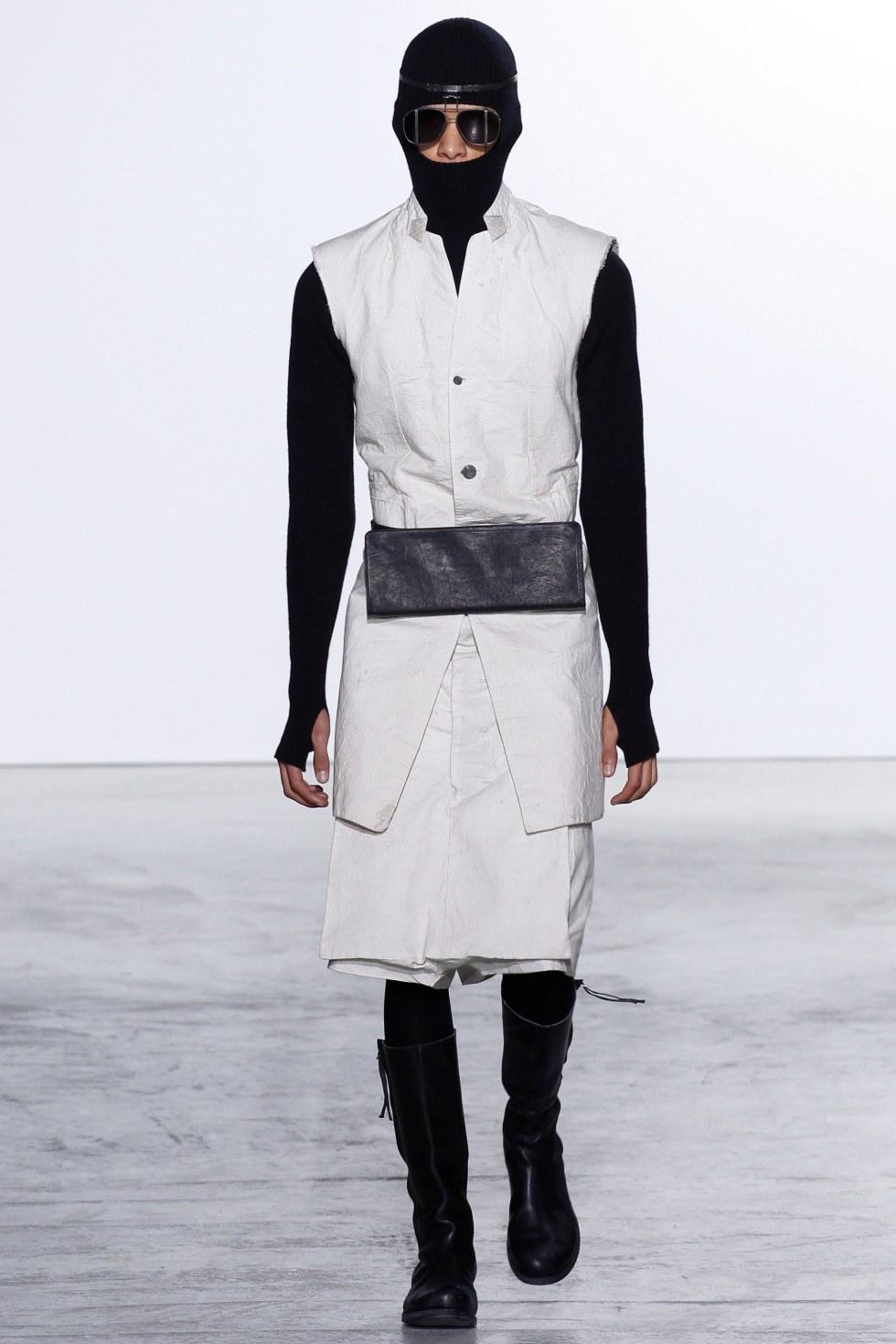 Boris-Bidjan-Saberi-fall-2016-menswear-pfw-3