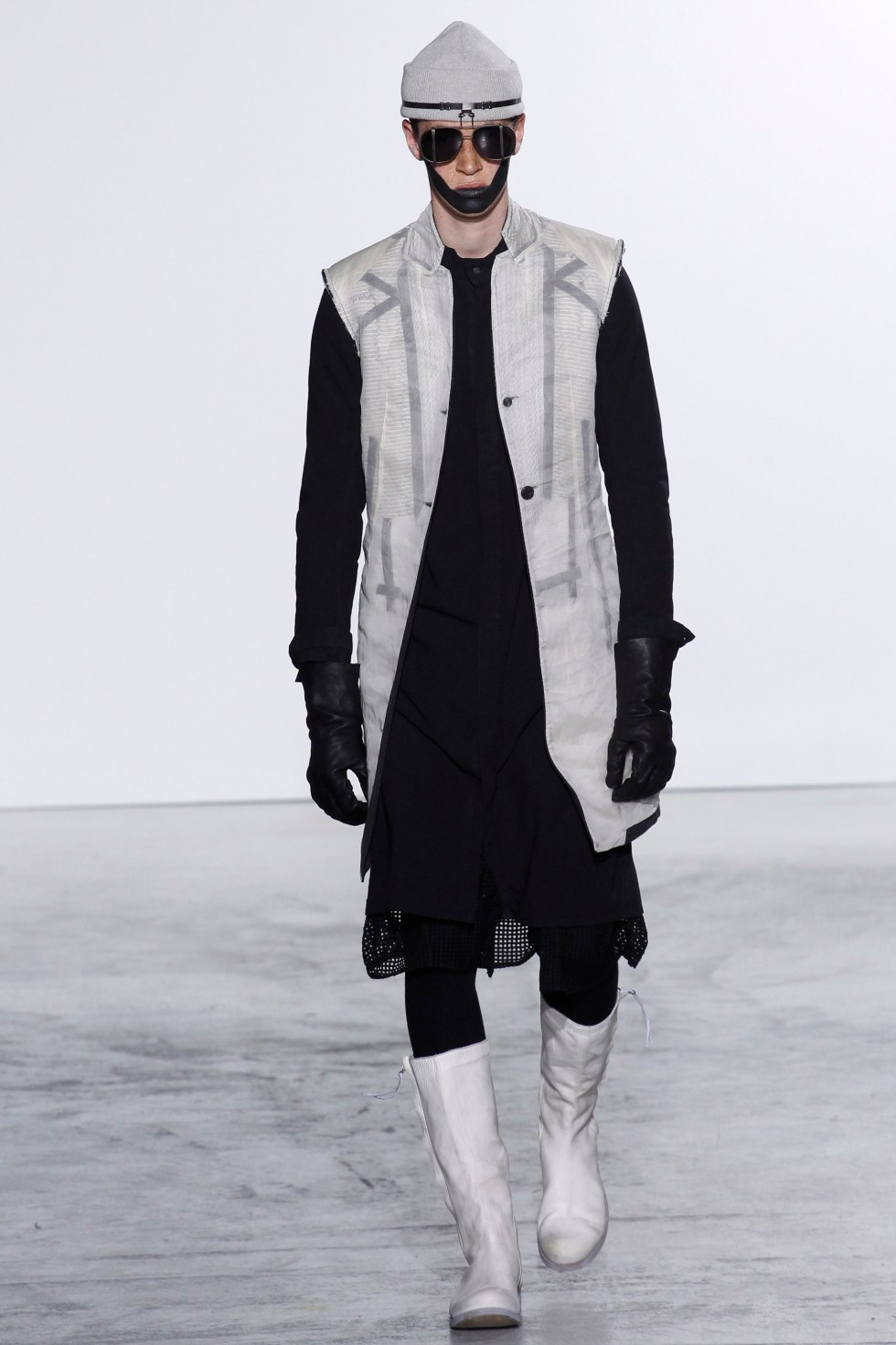 Boris-Bidjan-Saberi-fall-2016-menswear-pfw-6