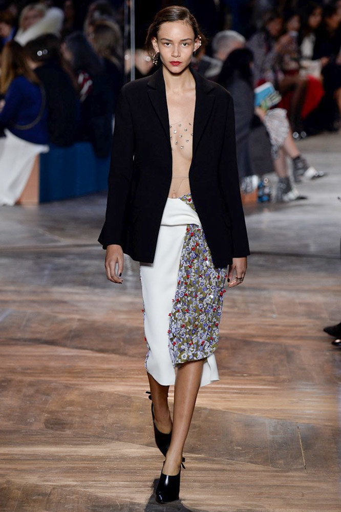 Christian-Dior-spring-2016-Couture-pfw-10