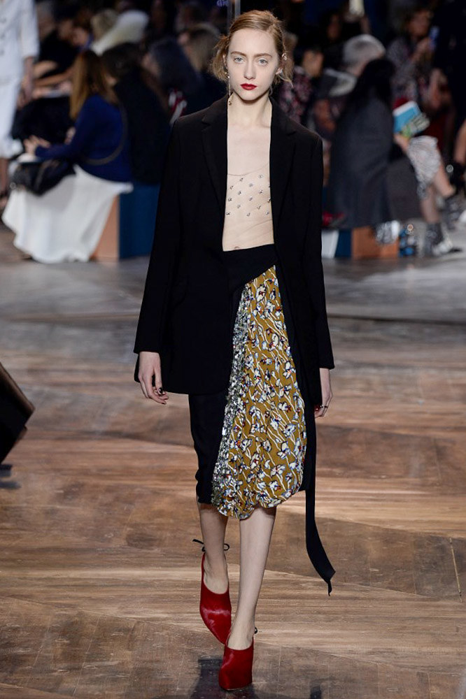 Christian-Dior-spring-2016-Couture-pfw-11