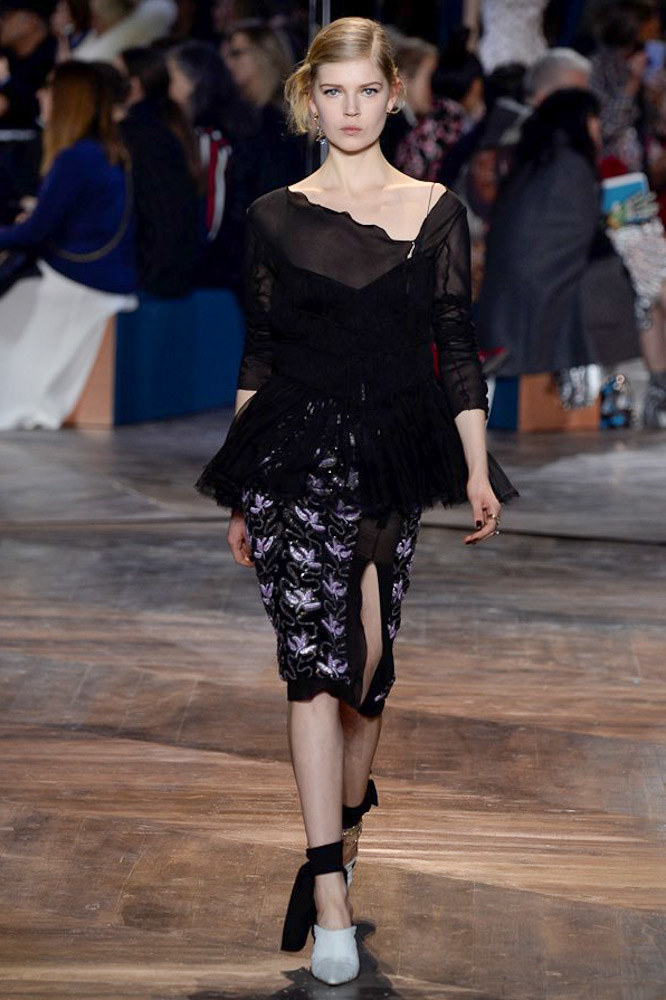 Christian-Dior-spring-2016-Couture-pfw-16