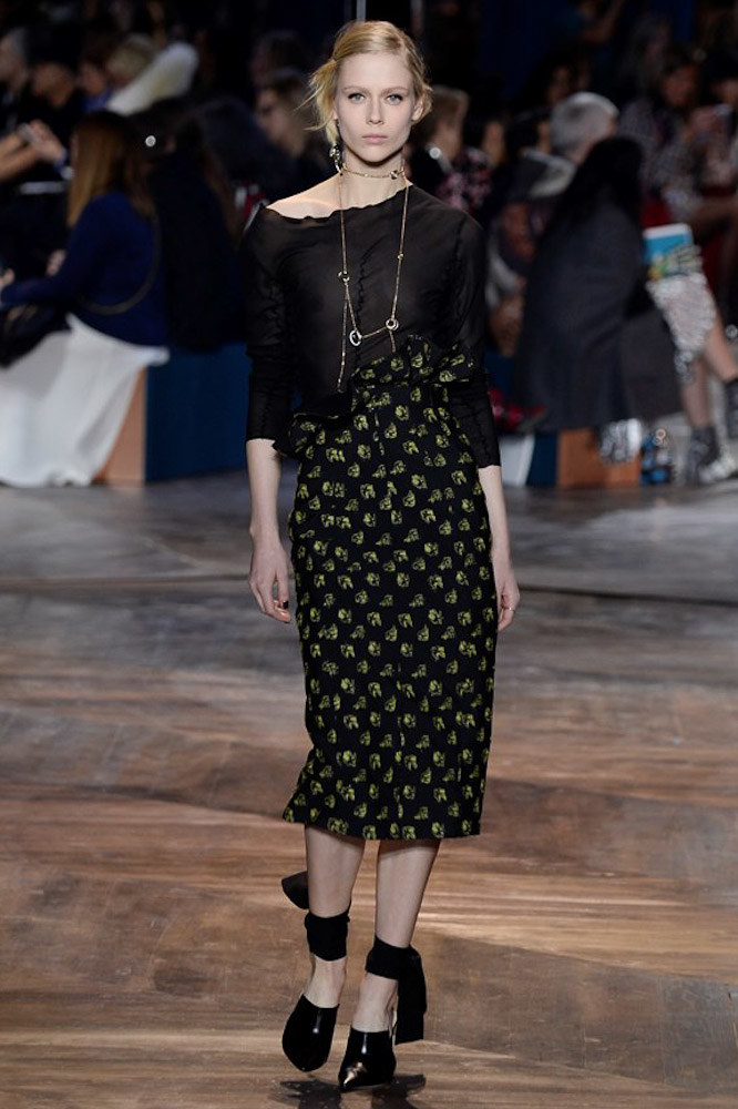 Christian-Dior-spring-2016-Couture-pfw-17