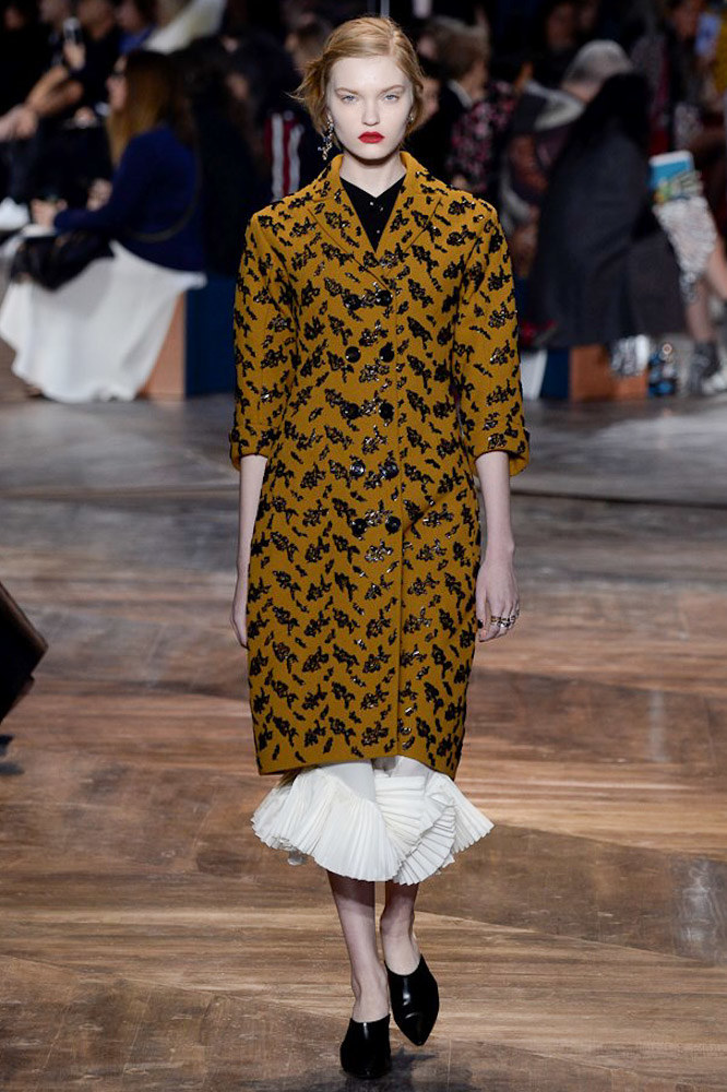 Christian-Dior-spring-2016-Couture-pfw-20