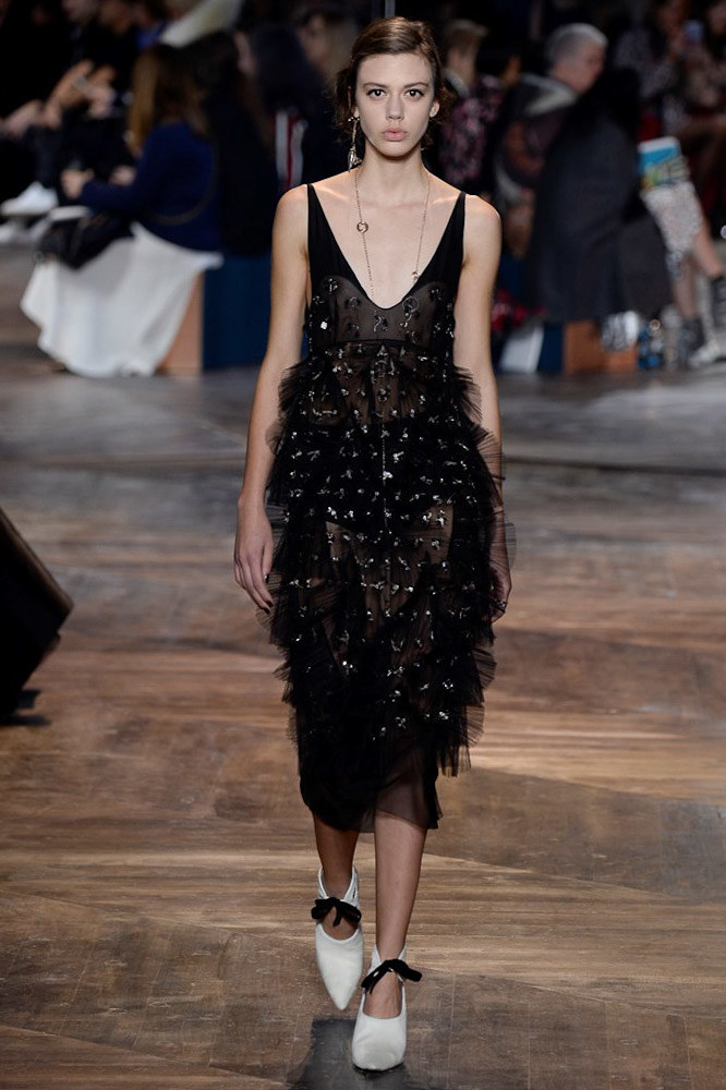 Christian-Dior-spring-2016-Couture-pfw-23