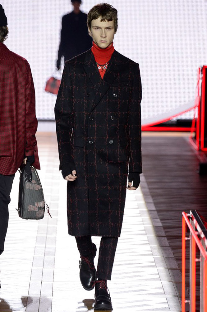 Dior-Homme-fall-2016-menswear-pfw-12