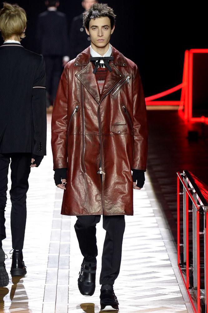 Dior-Homme-fall-2016-menswear-pfw-3