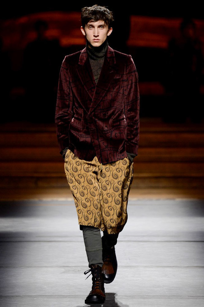 Dries-Van-Noten-fall-2016-menswear-pfw-24