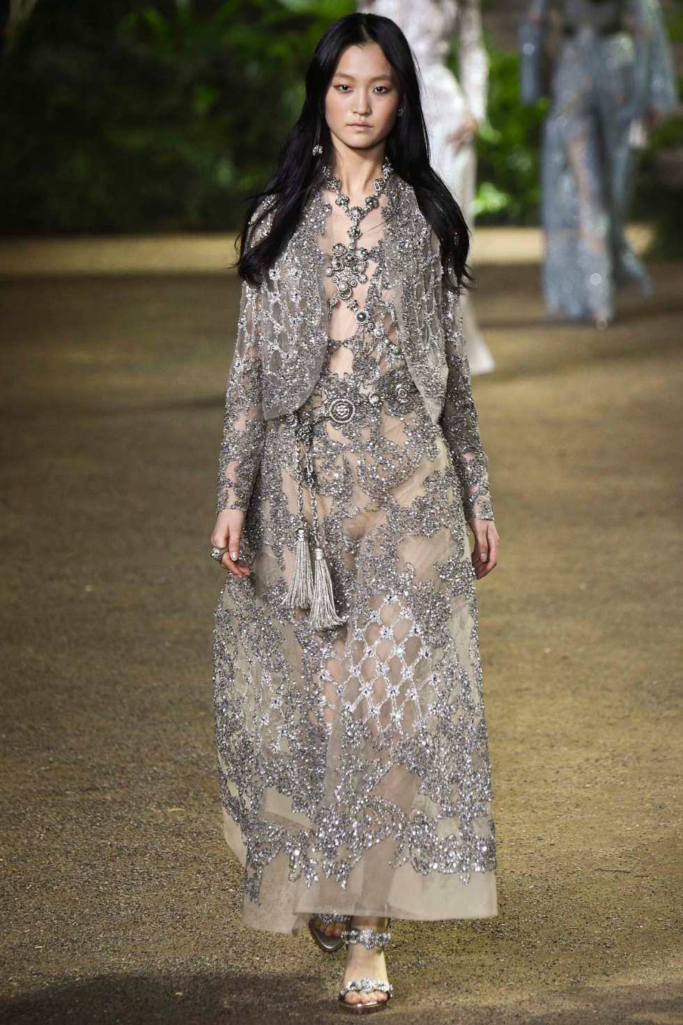 Elie-Saab-couture-spring-2016-pfw-10