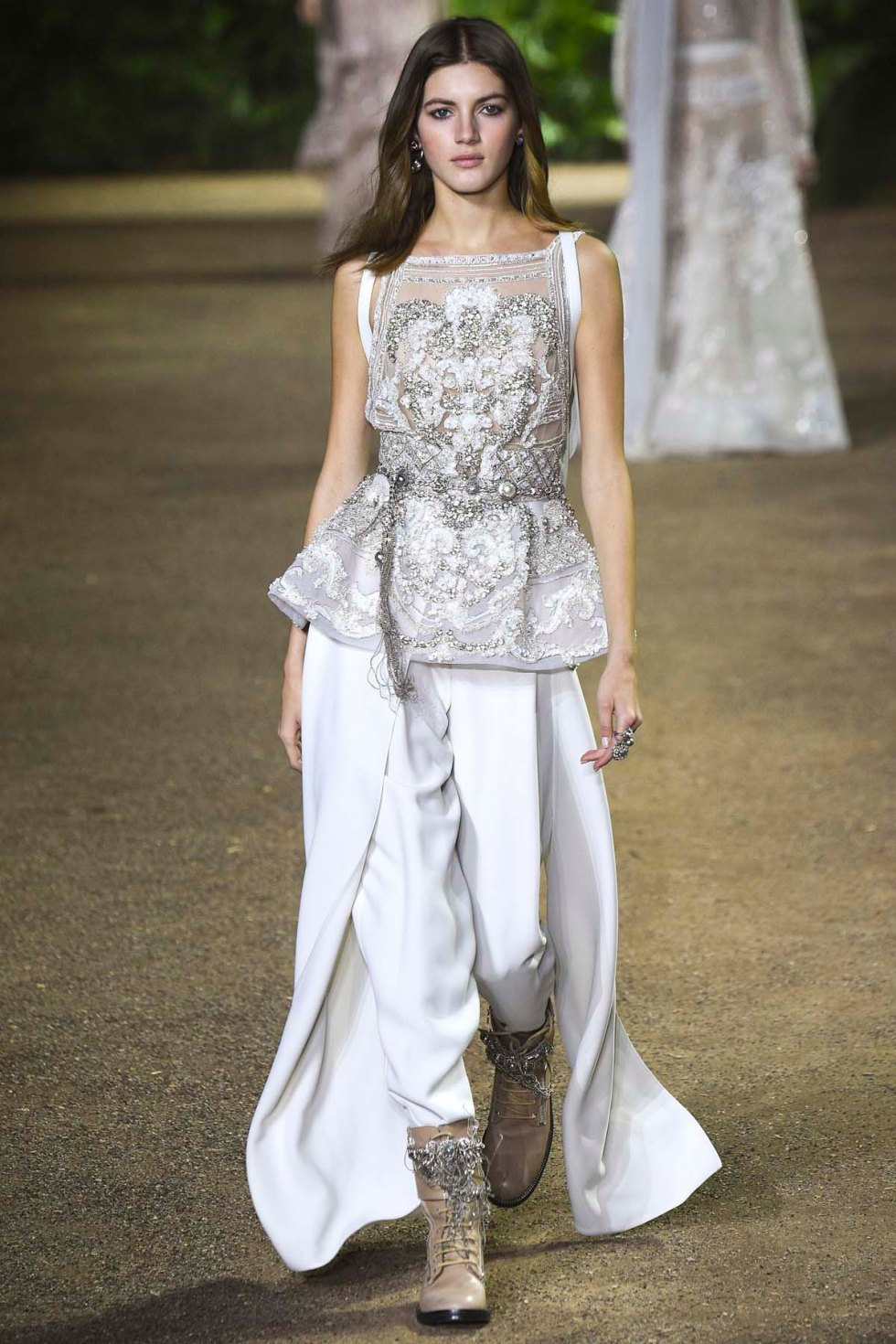 Elie-Saab-couture-spring-2016-pfw-17