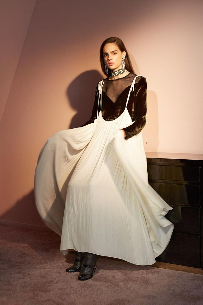 Lanvin-pre-fall-2016-womenswear-slashitmag-2