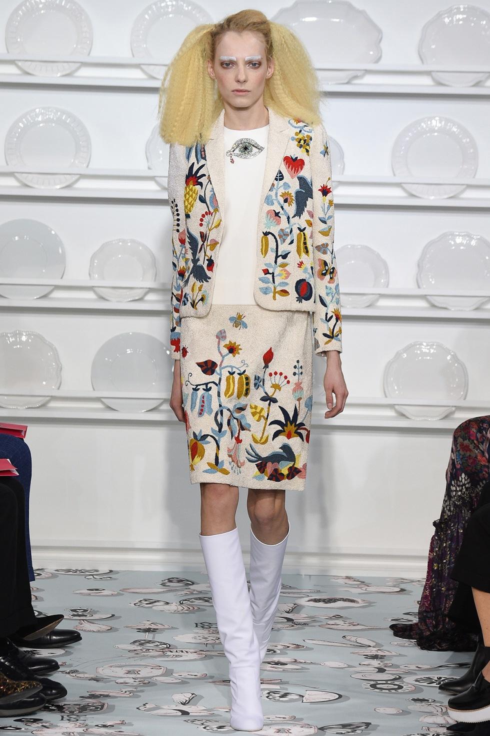 Schiaparelli- couture-spring-2016-pfw-1