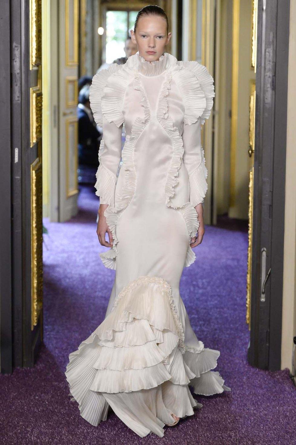 Francesco-Scognamiglio-fall-2016-couture-pfw-slashitmag-fashion-9