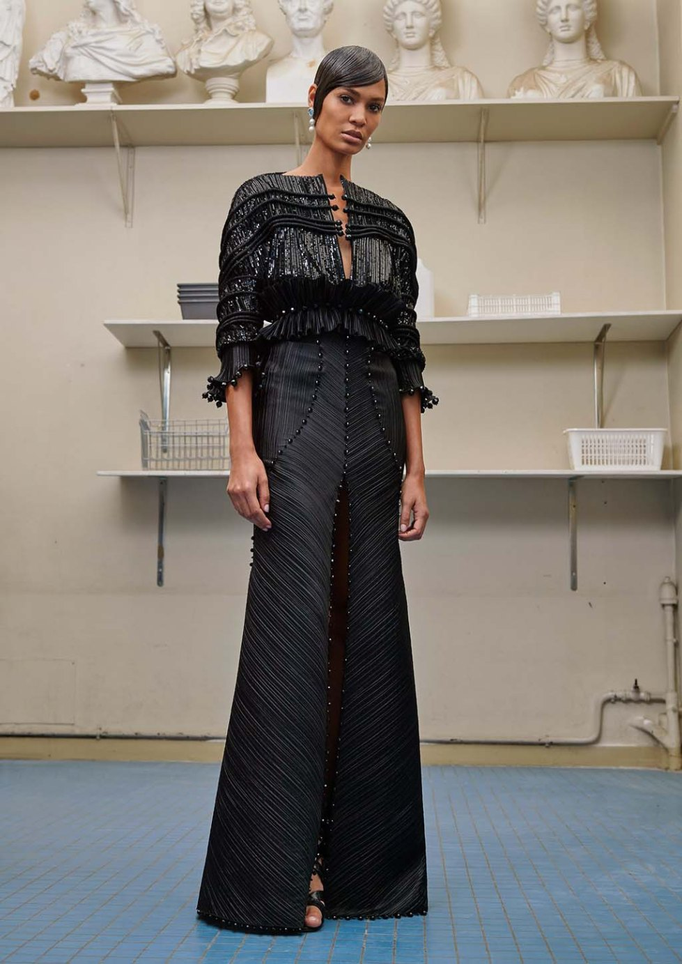 Givenchy-fall-2016-couture-paris-pfw-2