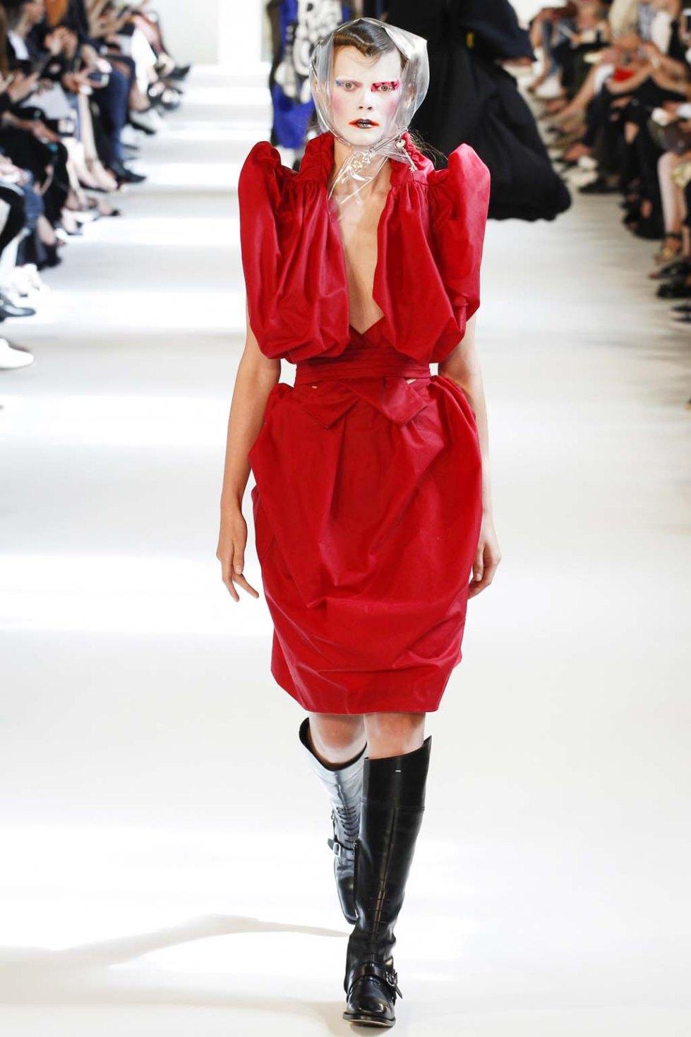 Maison-Margiela-fall-2016-couture-pfw-5