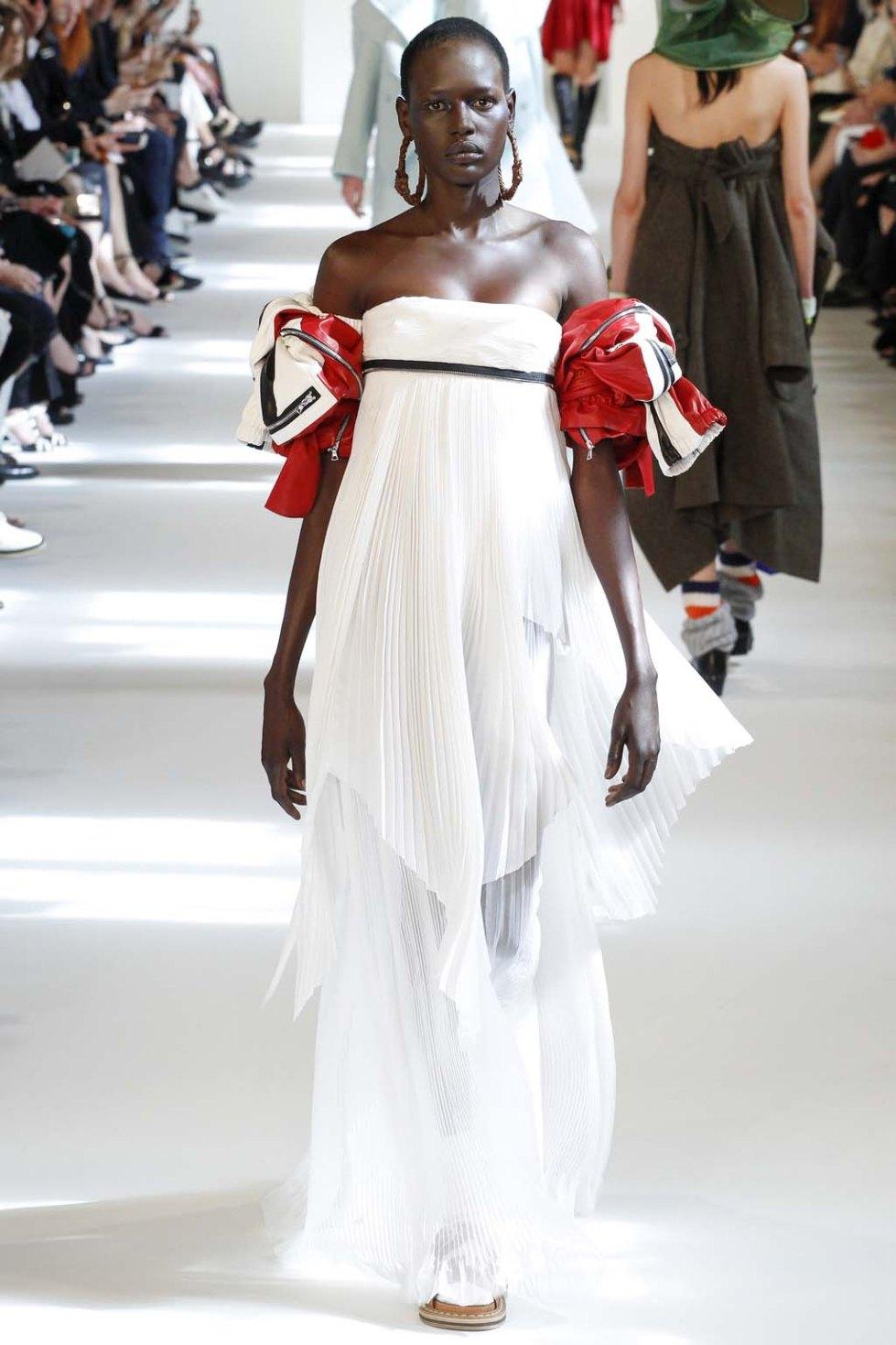 Maison-Margiela-fall-2016-couture-pfw-7